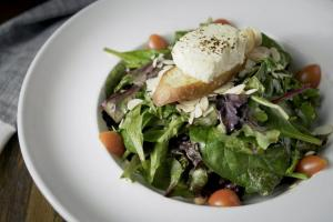 Mixed Green Salad Goat Cheese Almonds